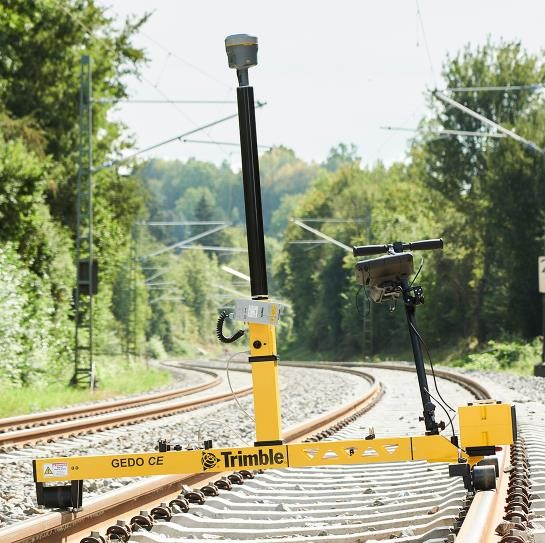 Track measuring trolley Trimble GEDO CE 2.0 with GNSS receiver, IMU and profiler
